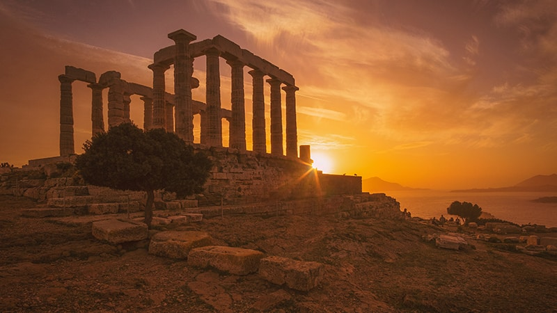 10 Luxury-Action-men-travel-greece-greak-islands-sundown-Akropolis