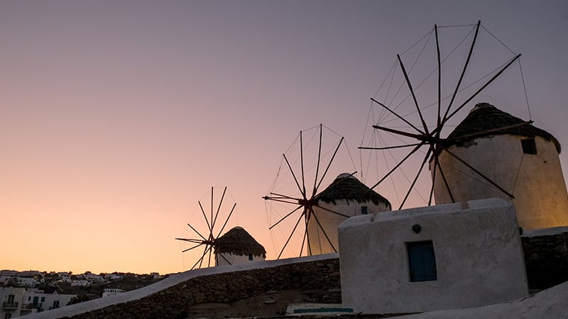 12 Luxury-Action-men-travel-greece-greak-islands-Mykonos-windmill
