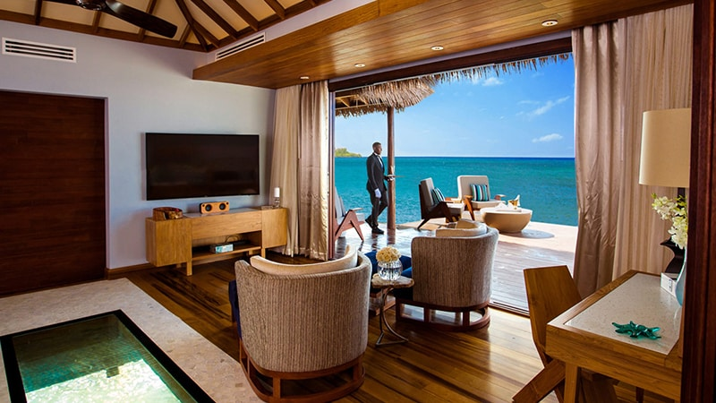 15 Luxury-Action-men-travel-maledives-buttler-in-suit