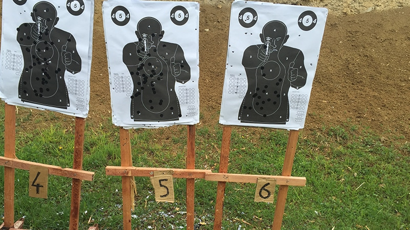 16 Day-and-night-men-travel-prague-target-on-shooting-range