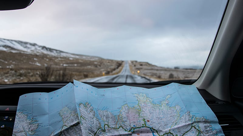 17 Wildlife-men-iceland-island-jeep-rangerover-offroad-map