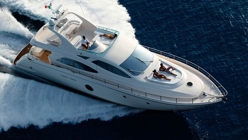 19 Luxury-Action-men-travel-greece-greak-islands-yacht