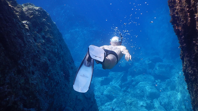 4 Exotic_men_tauchen_meer_unterwasser_water_ocean